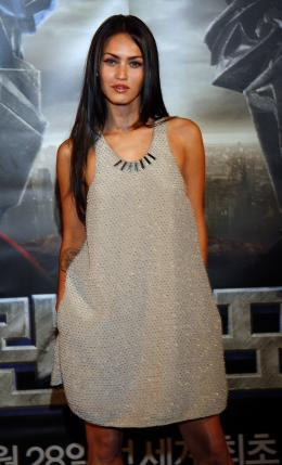 photo 50/77 - Megan Fox - Conf�rence de presse � S�oul - Transformers - © Paramount