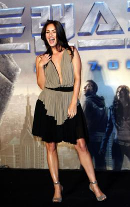 photo 66/77 - Megan Fox - Conf�rence de presse � S�oul - Transformers - © Paramount