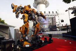 photo 76/77 - Conférence de presse à Séoul - Transformers - © Paramount
