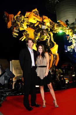 photo 69/77 - Michael Bay, Megan Fox - Conférence de presse à Séoul - Transformers - © Paramount