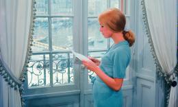 photo 9/10 - Catherine Deneuve - Les parapluies de Cherbourg - © Ciné Tamaris