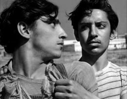 photo 15/20 - Roberto Cobo, Javier Amezcua - Los Olvidados - © Films Sans Frontières