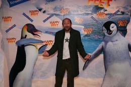 photo 51/75 - Kad Merad - Avant-premi�re � Paris (novembre 2006) - Happy Feet - © Isabelle Vautier pour Commeaucinema.com