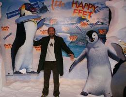 photo 49/75 - Kad Merad - Avant-première à Paris (novembre 2006) - Happy Feet - © Isabelle Vautier pour Commeaucinema.com