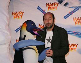 photo 44/75 - Kad Merad - Avant-première à Paris (novembre 2006) - Happy Feet - © Isabelle Vautier pour Commeaucinema.com