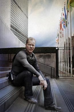 24 Heures Chrono Kiefer Sutherland - Saison 8 photo 3 sur 197