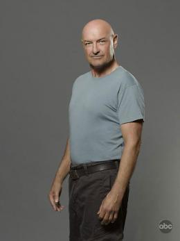 photo 13/65 - Terry O'Quinn - Saison 6 - Lost - Saison 6 - © ABC Studios