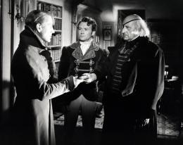 photo 37/68 - John Mills, Alec Guinness - Les grandes espérances - © Filmedia