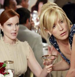 photo 43/49 - Saison 5 - Felicity Huffman, Marcia Cross - Desperate Housewives - Saison 5 - © Canal +