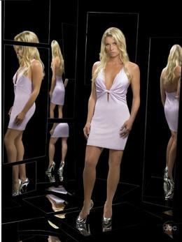 photo 17/18 - Saison 3 - Nicollette Sheridan - Desperate Housewives - Saison 3 - © ABC