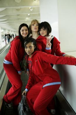 Mes Copines L�a Seydoux, Djena Tsimba, St�phanie Sokolinski photo 9 sur 26