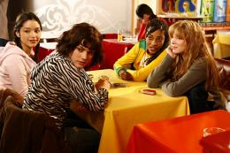 photo 13/26 - L�a Seydoux, Djena Tsimba, St�phanie Sokolinski - Mes Copines