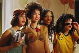 photo 18/26 - L�a Seydoux, Djena Tsimba, St�phanie Sokolinski - Mes Copines
