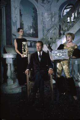 photo 4/22 - Rex Harrison - Guêpier pour Trois Abeilles - © Wild Side Video