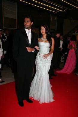 Abhishek Bachchan Montée des marches My Blueberry Nights Mercredi 16 Mai 2007 photo 3 sur 3