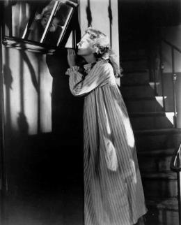 photo 7/15 - Joan Fontaine - Lettre d'une inconnue - © Carlotta Films