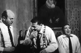 photo 8/13 - Bernard Blier, Francis Blanche, Lino Ventura - Les Tontons Flingueurs