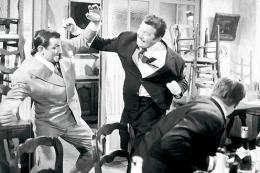 photo 10/13 - Lino Ventura, Francis Blanche - Les Tontons Flingueurs