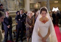 photo 17/17 - Sami Frey et Donatella Finocchiaro - Le Metteur En Sc�ne De Mariages - © Films sans Fronti�res
