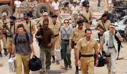 photo 14/95 - Ashraf Barhom, Jennifer Garner, Jamie Foxx, Ali Suliman, Jason Bateman - Le Royaume - © Paramount