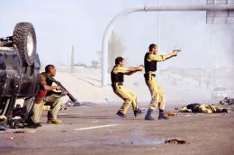 photo 29/95 - Ashraf Barhom, Jamie Foxx, Ali Suliman - Le Royaume - © Paramount