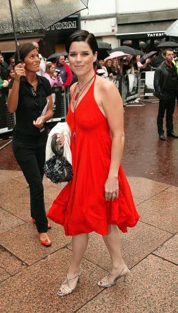 photo 84/133 - Neve Campbell - Avant-Premi�re � Londres, le 15 ao�t 2007 - La Vengeance dans la Peau - © Paramount