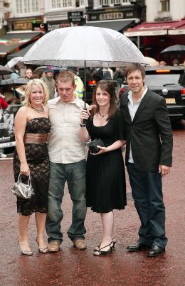 photo 82/133 - Paddy Considine et ses invit�s - Avant-Premi�re � Londres, le 15 ao�t 2007 - La Vengeance dans la Peau - © Paramount