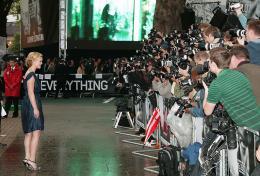 photo 45/133 - Julia Stiles - Avant-Premi�re � Londres, le 15 ao�t 2007 - La Vengeance dans la Peau - © Paramount