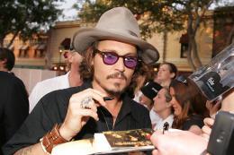photo 28/81 - Avant-premi�re de Pirates des Cara�bes 2 � Los Angeles - Juin 2006 - Pirates des Cara�bes, le secret du coffre maudit - © BVI