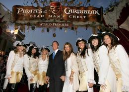 photo 37/81 - Avant-premi�re de Pirates des Cara�bes 2 � Los Angeles - Juin 2006 - Pirates des Cara�bes, le secret du coffre maudit - © BVI