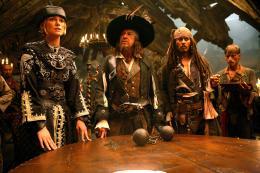 photo 14/43 - Keira Knightley, Geoffrey Rush et Johnny Depp - Pirates des Caraïbes : Jusqu'au bout du monde - © BVI