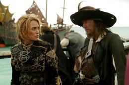 photo 12/43 - Keira Knightley et Geoffrey Rush - Pirates des Cara�bes : Jusqu'au bout du monde - © BVI
