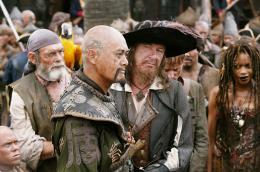 Pirates des Caraïbes : Jusqu'au bout du monde Chow Yun-Fat et Geoffrey Rush photo 10 sur 43