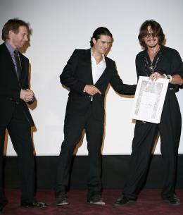 photo 75/81 - Avant-premi�re parisienne du film, juillet 2006 - Pirates des Cara�bes, le secret du coffre maudit - © BVI