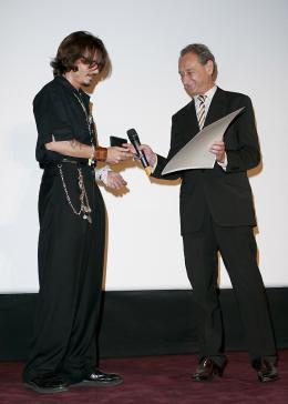 photo 73/81 - Avant-premi�re parisienne du film, juillet 2006 - Pirates des Cara�bes, le secret du coffre maudit - © BVI