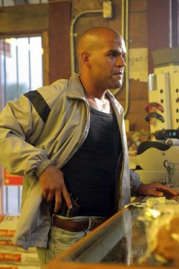 photo 14/20 - Amaury Nolasco - Prison Break - Saison 3 - © 20th Century Fox