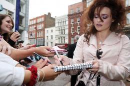 photo 159/160 - Helena Bonham Carter - Avant-première à Londres, juillet 2009 - Harry Potter et le Prince de sang mêlé - © Warner Bros