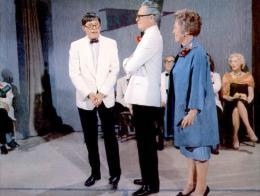 photo 6/13 - Jerry Lewis, Kathleen Freeman - Docteur Jerry et mister Love - © Flash Pictures