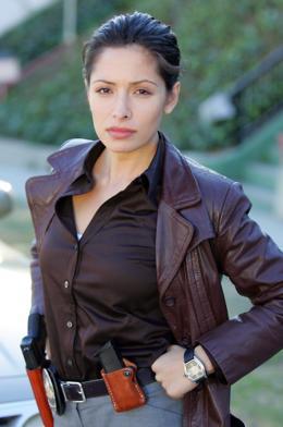 Sarah Shahi Life photo 9 sur 11