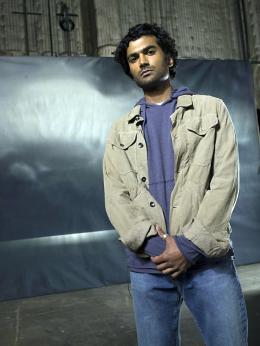 photo 23/51 - Sendhil Ramamurthy - Saison 1 - Heroes - Saison 1