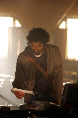 photo 22/51 - Sendhil Ramamurthy - Saison 1 - Heroes - Saison 1