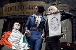 photo 40/82 - Sacha Baron Cohen - Sweeney Todd, le diabolique barbier de Fleet Street - © Warner Bros