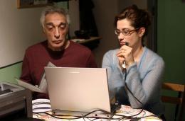 Deux Vies Plus Une Gérard Darmon et Emmanuelle Devos photo 1 sur 10