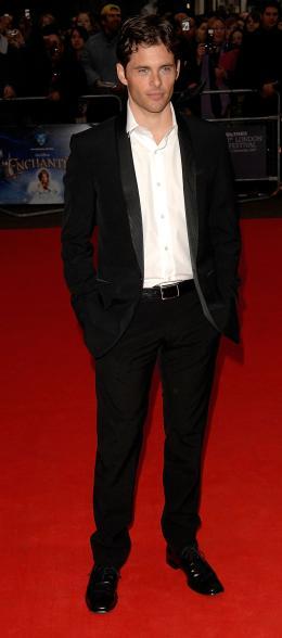 photo 92/263 - James Marsden - Avant-Première à Londres, octobre 2007 - Il était une fois - © Walt Disney Studios Motion Pictures France