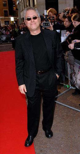 photo 104/263 - Alan Menken (le compositeur) - Avant-Première à Londres, octobre 2007 - Il était une fois - © Walt Disney Studios Motion Pictures France