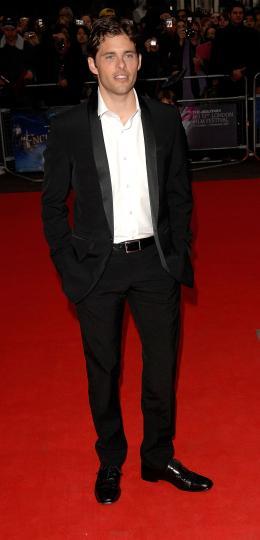 photo 94/263 - James Marsden - Avant-Première à Londres, octobre 2007 - Il était une fois - © Walt Disney Studios Motion Pictures France