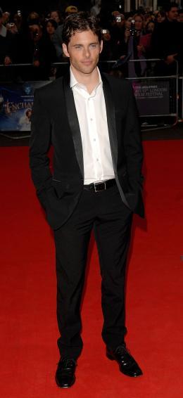 photo 93/263 - James Marsden - Avant-Première à Londres, octobre 2007 - Il était une fois - © Walt Disney Studios Motion Pictures France