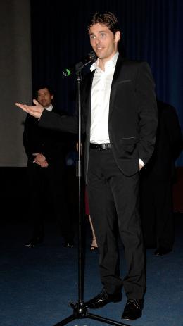 photo 98/263 - James Marsden - Avant-Première à Londres, octobre 2007 - Il était une fois - © Walt Disney Studios Motion Pictures France
