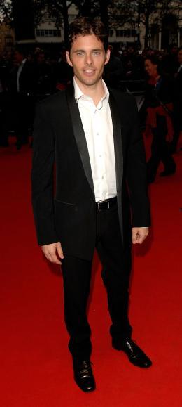 photo 89/263 - James Marsden - Avant-Première à Londres, octobre 2007 - Il était une fois - © Walt Disney Studios Motion Pictures France