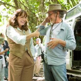 Indiana Jones et le Royaume du Crâne de Cristal Steven Spielberg et Karen Allen photo 10 sur 126